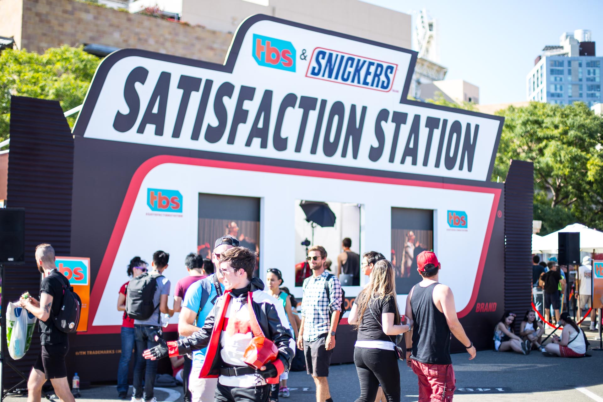 TBS & Snickers Satisfaction Station