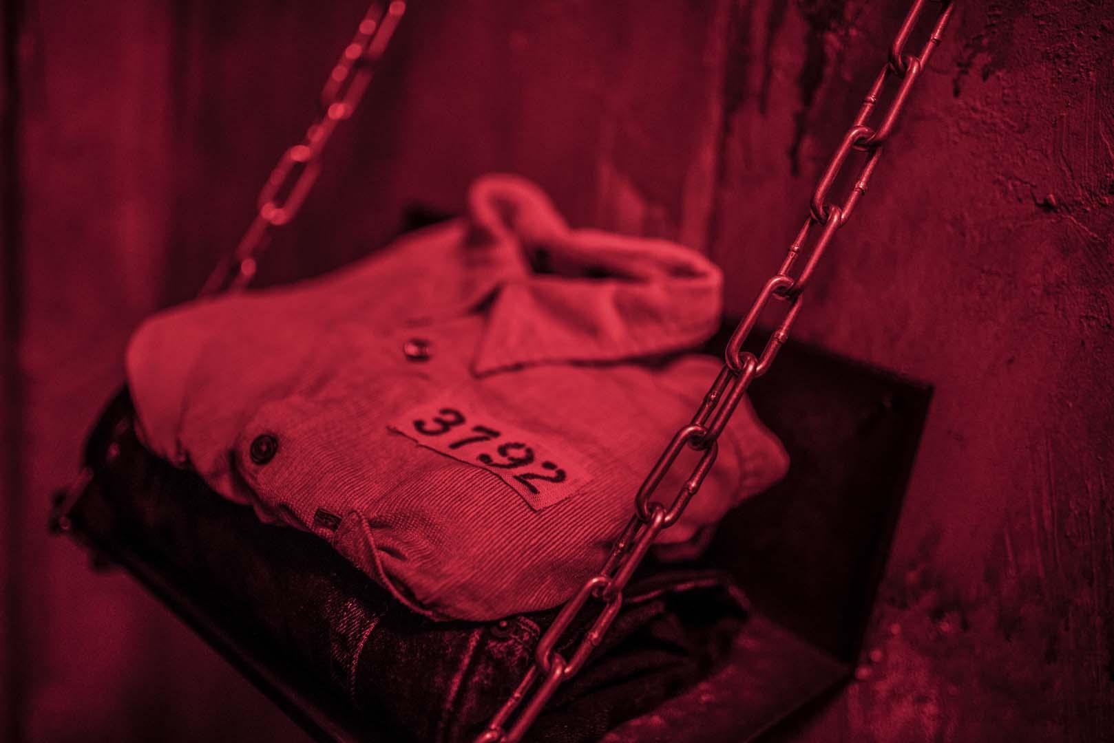 Castle Rock prison shirt